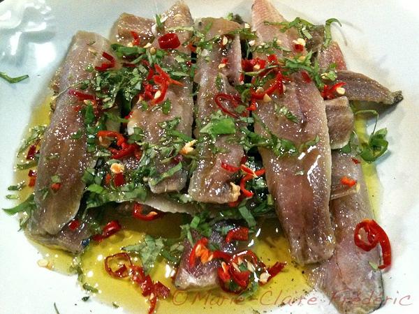 Sardines marin es au basilic et au piment ni cru ni cuit - Comment cuisiner des filets de sardines ...